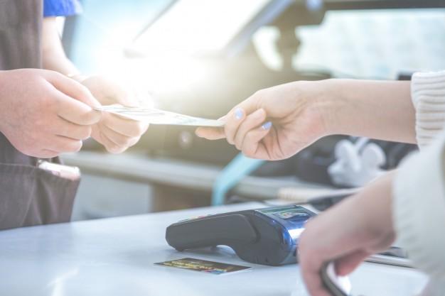 La DGT es pronuncia sobre determinats aspectes fiscals dels serveis de cashback